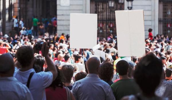 Aksi Demo dari Kalangan Buruh yang menolak RUU tersebut Karena Ada yang Merugikan Kepentingan Buruh, Bagaimana kondisi ini mempengaruhi pasar kedepannya?