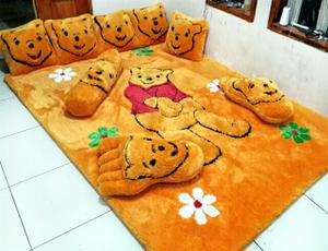 Karpet winnie the pooh 1 fullset