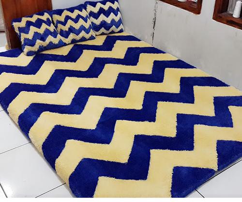 Surpet zigzag biru krem